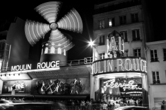 Moulin Rouge Photo by Gavin Liddle